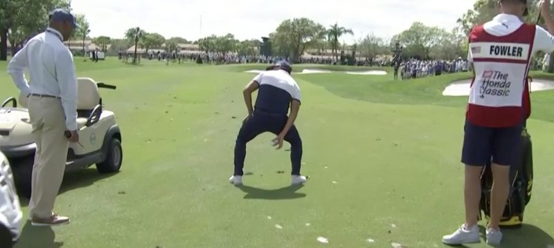 rickie fowler mocked the new knee