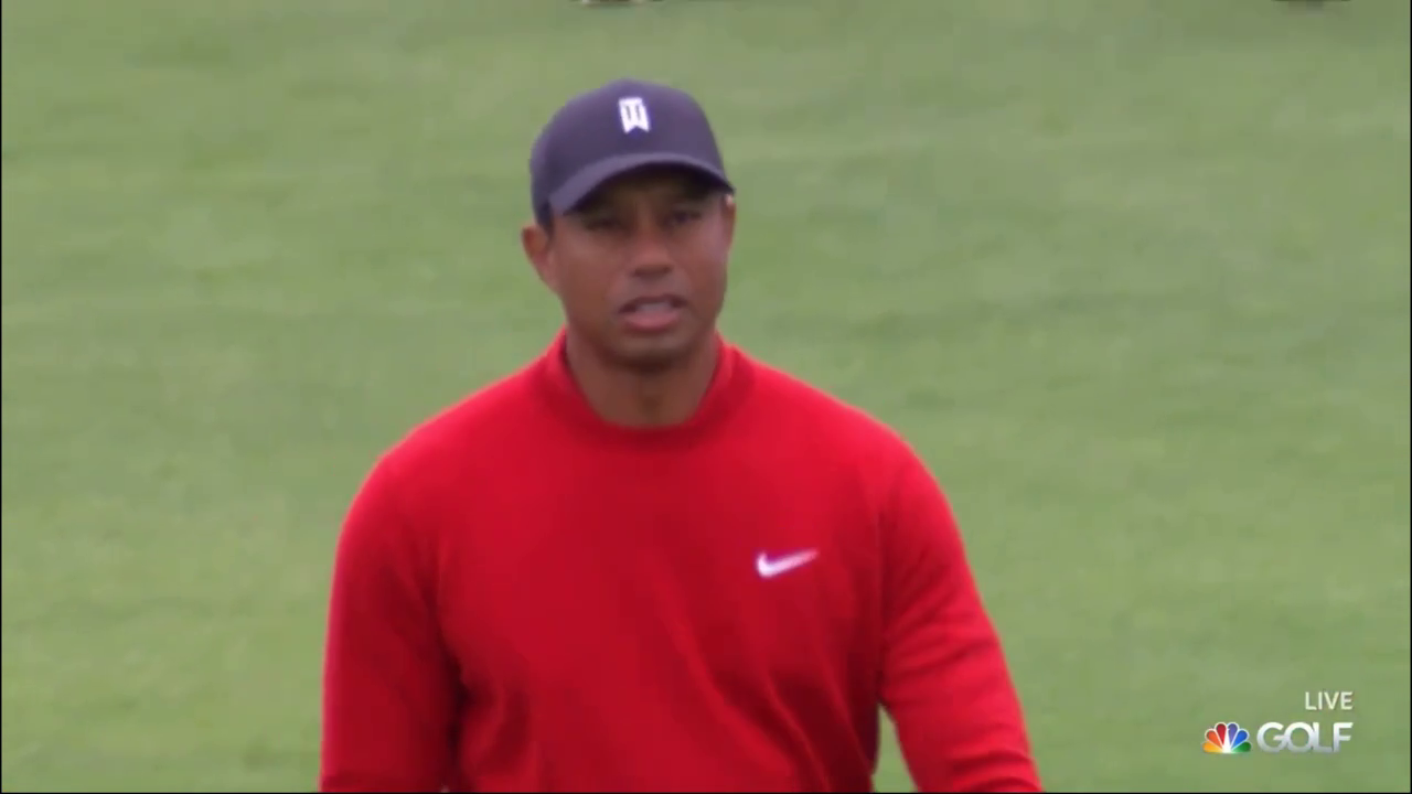 Tiger at the 2nd at Torrey during Farmers Insurance Open